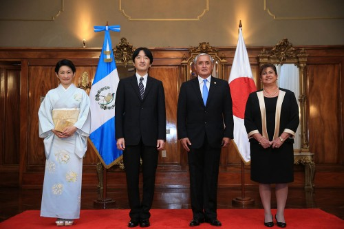 Japan's Prince Akishino, his wife Princess Kiko, Guatemala's President Otto Perez and his wife, Guatemala's first lady Rosa Leal de Perez, pose for a photograph in Guatemala City